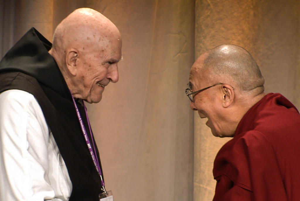 Father-Thomas-Keating-With-HH-Dalai-Lama-Boston-C-2012-10-14-1024x689